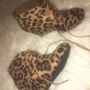 Shoes - cheetah booties